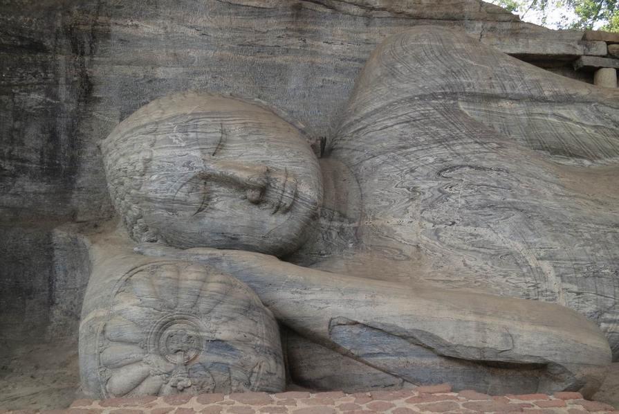 Reclining-Buddha,Polonnaruwa-Sri-Lanka